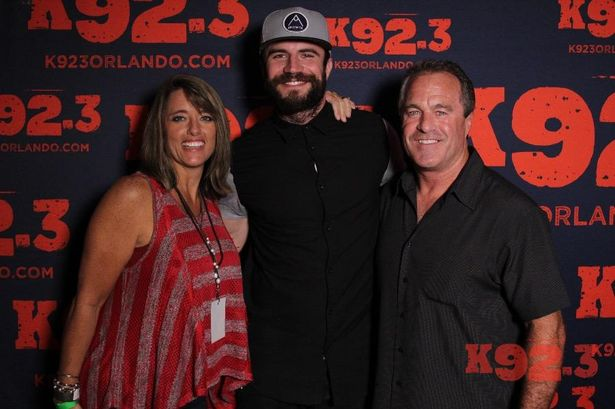 Our night with sam hunt friends welcome to the sandbar connie sam hunt m4hsunfo
