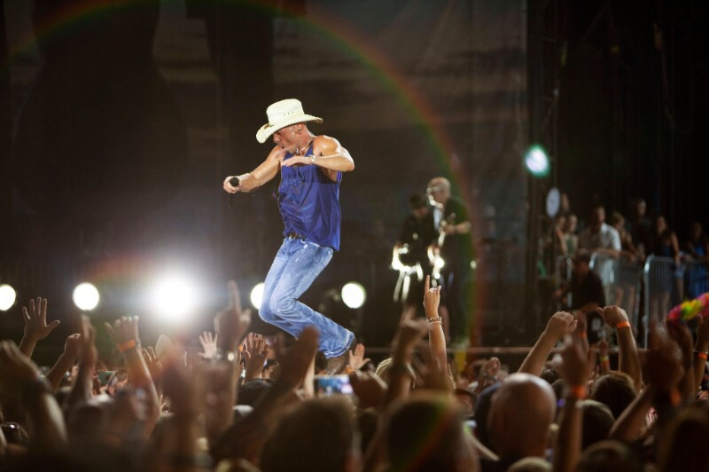 Welcome to the sandbar welcome to the sandbar kenny chesney scores entertainer of the year cma nomination m4hsunfo